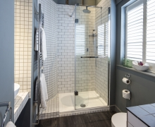 En-suite Shower (exact specifications vary between rooms)